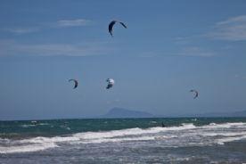 Kite surfing at Tavernes beach
