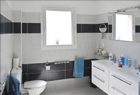 En-suite from shower