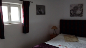 Main downstairs double bedroom  4.01 mtrs x 2.47 mtrs