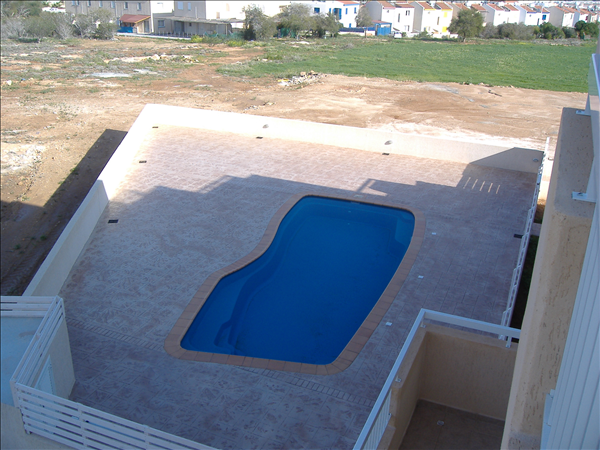 Large pool with terrace