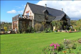 property in St-Pois