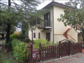property in Badia A Cerreto