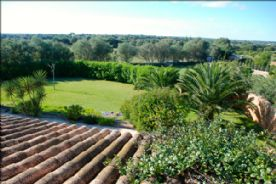 6 acres of open countryside with views of Cabrera