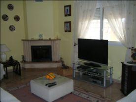 Large lounge, log burner, central heating & window overlooking front garden