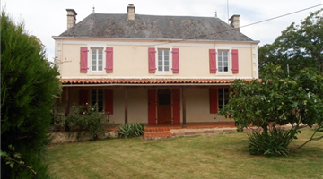 property in La Chapelle Themer