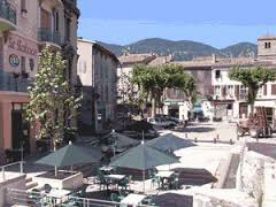 Quillan market place