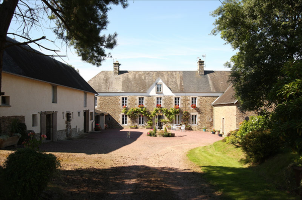 Schools in France - MagnoliaProperty.co.uk