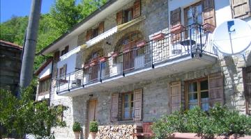 property in Gorzegno Cn