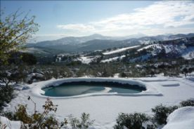 The pool in winter - a Christmas card setting !