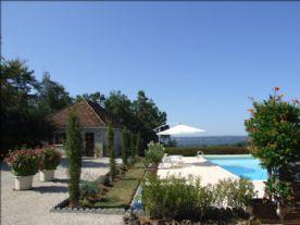 Gite and pool