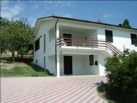 property in Pellegrino Parmense