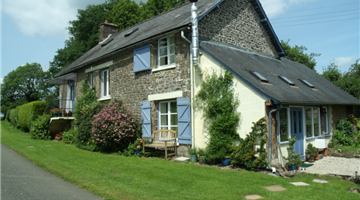 property in Brecé