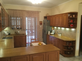 Kitchen and access to the back balcony