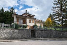 property in Macerata Feltria