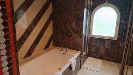 New 170cm bath tub in marble master bathroom