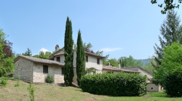 property in Massa Martana