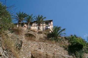 property in Isolabona
