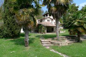 property in Massa Martana