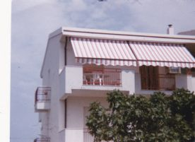 The flat on the top floor, with the sun blinds open. Photo taken about 10 years ago.