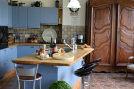 Kitchen photo1