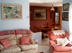 Sitting room, through to Dining Room
