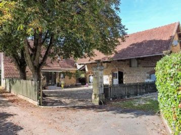 property in Montignac