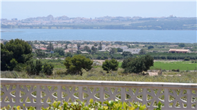 Panoramic views of the lake and La Mata, Torrevieja.