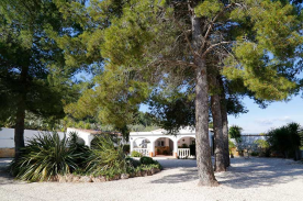 Front elevation of villa