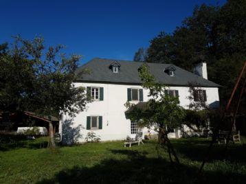 property in Esquiule