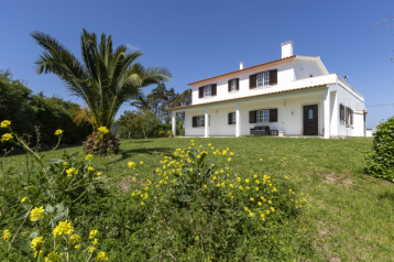 property in Óbidos