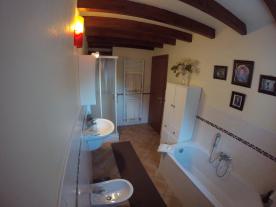 Top floor apartment bathroom