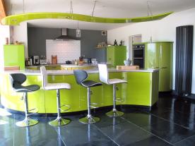 Fully-integrated Hanak Kitchen + Welsh slate floor