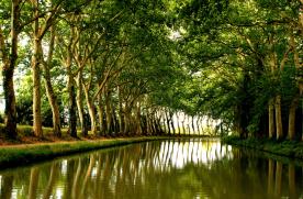 Canal du Midi (10 min drive)