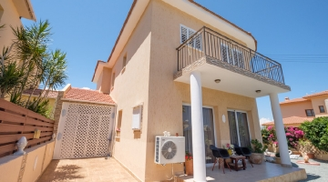 property in Pervolia