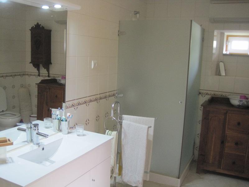 Bathroom dowmstairs