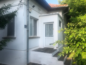 Front entrance from Street