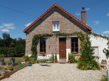 property in Maison Feyne