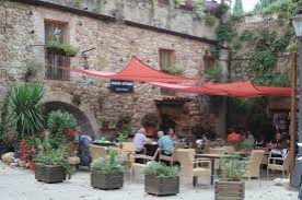 Restaurant in Llado