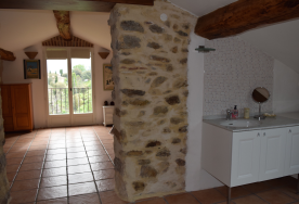 Studio: bathroom and view to bedroom