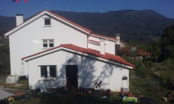 property in Mera Abaixo