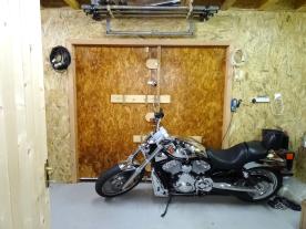Garage space behind main space