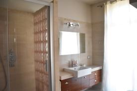 @nd Full Bathroom `ensuite