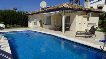 property in El Faro