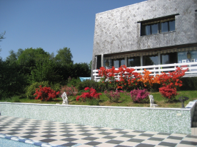South Facade facing the pool