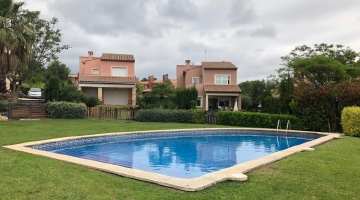 property in Montroig Del Camp