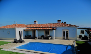 property in Serra Do Bouro