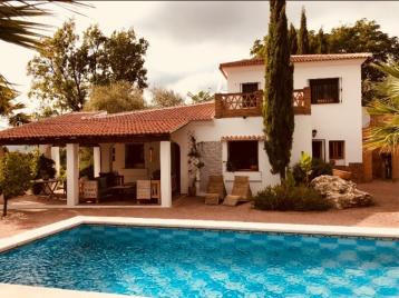 property in Alcaucin