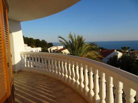 Photo 5 - Circular veranda - facing South