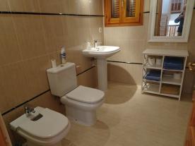 Photo 25 - Bathroom 2 - (1)