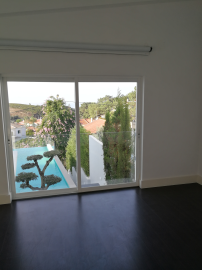 property in Janes, Malveira Da Serra